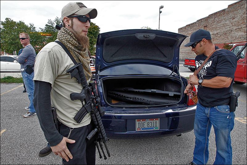 Example of open carry in Ohio